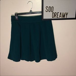 THE LIMITED Teal Pleated Zip Skirt